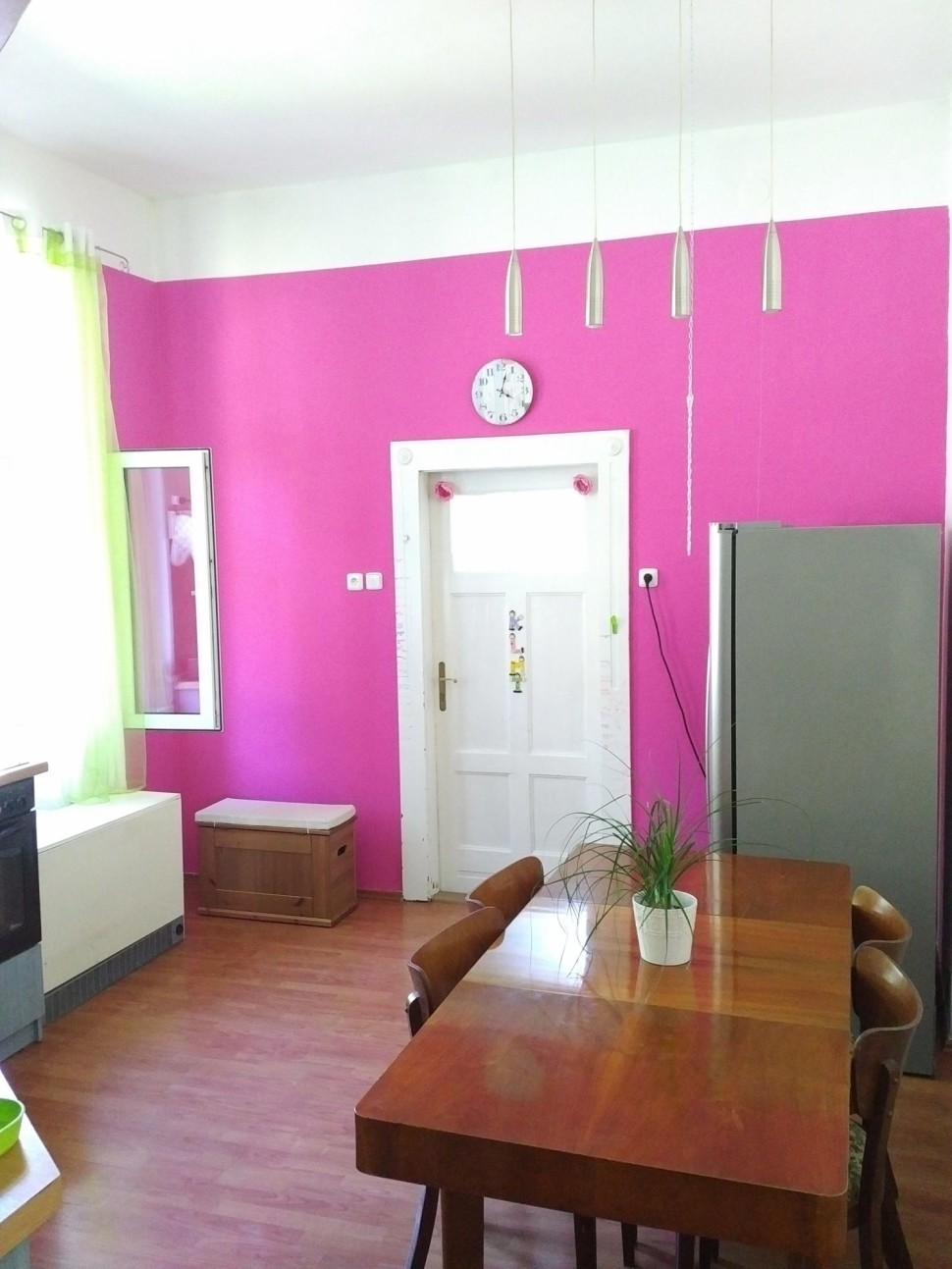 Don´t worry and try magenta in your kitchen